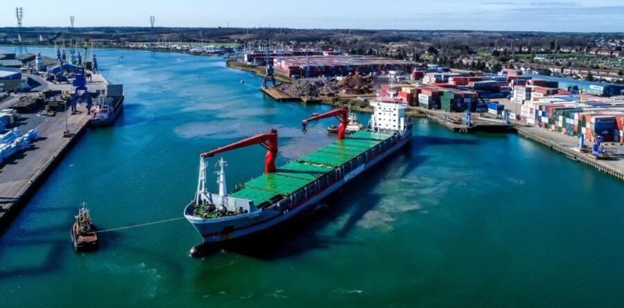 Ipswich Port expertly handles large rice vessel operation